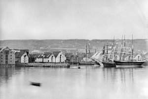 Tromsø harbour with boats serving the Russian trade, photographed in mid-1873, just a few months after a group of townspeople migrated to Queensland. PHOTO: Kirkhorn, Tromsø University Museum.