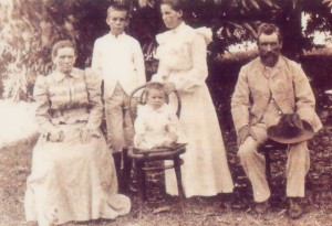 Osmundsens, daughter, grandson c. 1902 copy