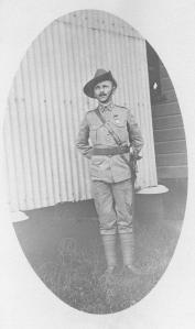 Nikolai Theodor Svensen (1878-1966) fra Larvik tjenestegjorde i tre kriger i australsk uniform. Foto: Nordmanns-Forbundets samlinger ved Norsk Utvandrermuseum.